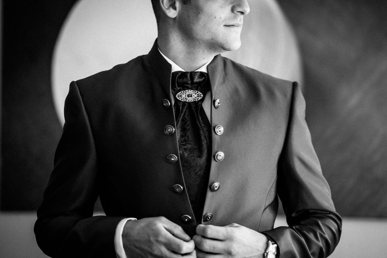 Hochzeitsfotograf-Hochzeitsreportage-Neustadt bei Coburg-Oberfranken-Bayern-Staffelstein-Banzer Wald-Kevin Biberbach-KEVIN Fotografie-Fujifilm-Schlosskirche Ehrenburg-Coburg-006.jpg