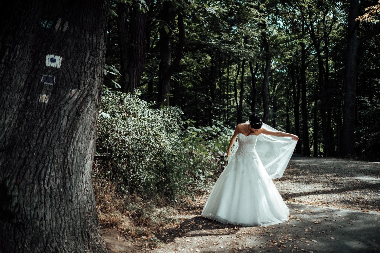 Hochzeitsfotograf-Hochzeitsreportage-Neustadt bei Coburg-Oberfranken-Bayern-Staffelstein-Banzer Wald-Kevin Biberbach-KEVIN Fotografie-Fujifilm-Schlosskirche Ehrenburg-Coburg-028.jpg