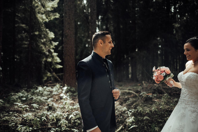 Hochzeitsfotograf-Hochzeitsreportage-Neustadt bei Coburg-Oberfranken-Bayern-Staffelstein-Banzer Wald-Kevin Biberbach-KEVIN Fotografie-Fujifilm-Schlosskirche Ehrenburg-Coburg-033.jpg