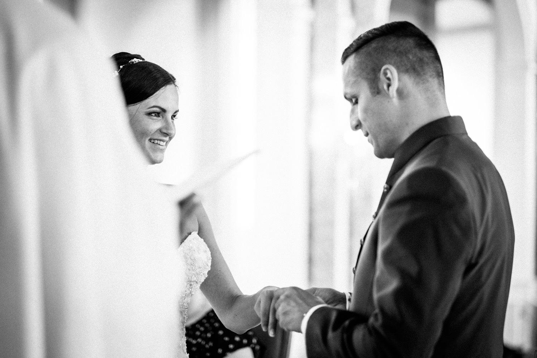 Hochzeitsfotograf-Hochzeitsreportage-Neustadt bei Coburg-Oberfranken-Bayern-Staffelstein-Banzer Wald-Kevin Biberbach-KEVIN Fotografie-Fujifilm-Schlosskirche Ehrenburg-Coburg-076.jpg