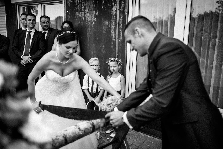 Hochzeitsfotograf-Hochzeitsreportage-Neustadt bei Coburg-Oberfranken-Bayern-Staffelstein-Banzer Wald-Kevin Biberbach-KEVIN Fotografie-Fujifilm-Schlosskirche Ehrenburg-Coburg-092.jpg