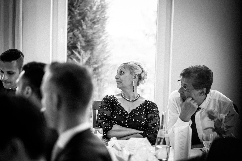 Hochzeitsfotograf-Hochzeitsreportage-Neustadt bei Coburg-Oberfranken-Bayern-Staffelstein-Banzer Wald-Kevin Biberbach-KEVIN Fotografie-Fujifilm-Schlosskirche Ehrenburg-Coburg-107.jpg