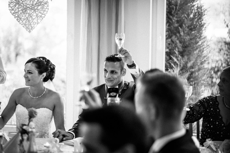 Hochzeitsfotograf-Hochzeitsreportage-Neustadt bei Coburg-Oberfranken-Bayern-Staffelstein-Banzer Wald-Kevin Biberbach-KEVIN Fotografie-Fujifilm-Schlosskirche Ehrenburg-Coburg-111.jpg