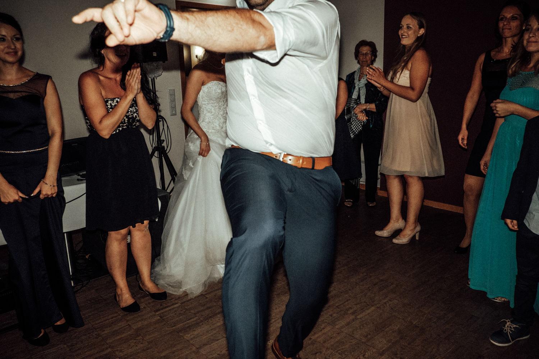 Hochzeitsfotograf-Hochzeitsreportage-Neustadt bei Coburg-Oberfranken-Bayern-Staffelstein-Banzer Wald-Kevin Biberbach-KEVIN Fotografie-Fujifilm-Schlosskirche Ehrenburg-Coburg-158.jpg