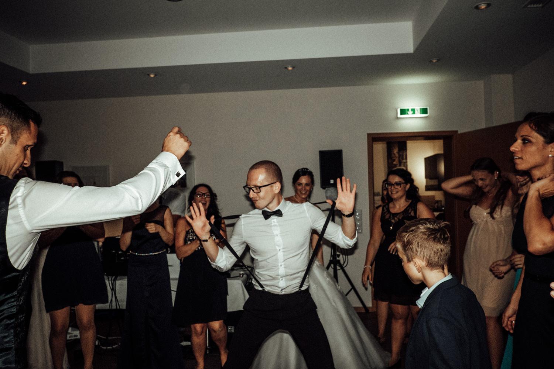 Hochzeitsfotograf-Hochzeitsreportage-Neustadt bei Coburg-Oberfranken-Bayern-Staffelstein-Banzer Wald-Kevin Biberbach-KEVIN Fotografie-Fujifilm-Schlosskirche Ehrenburg-Coburg-160.jpg