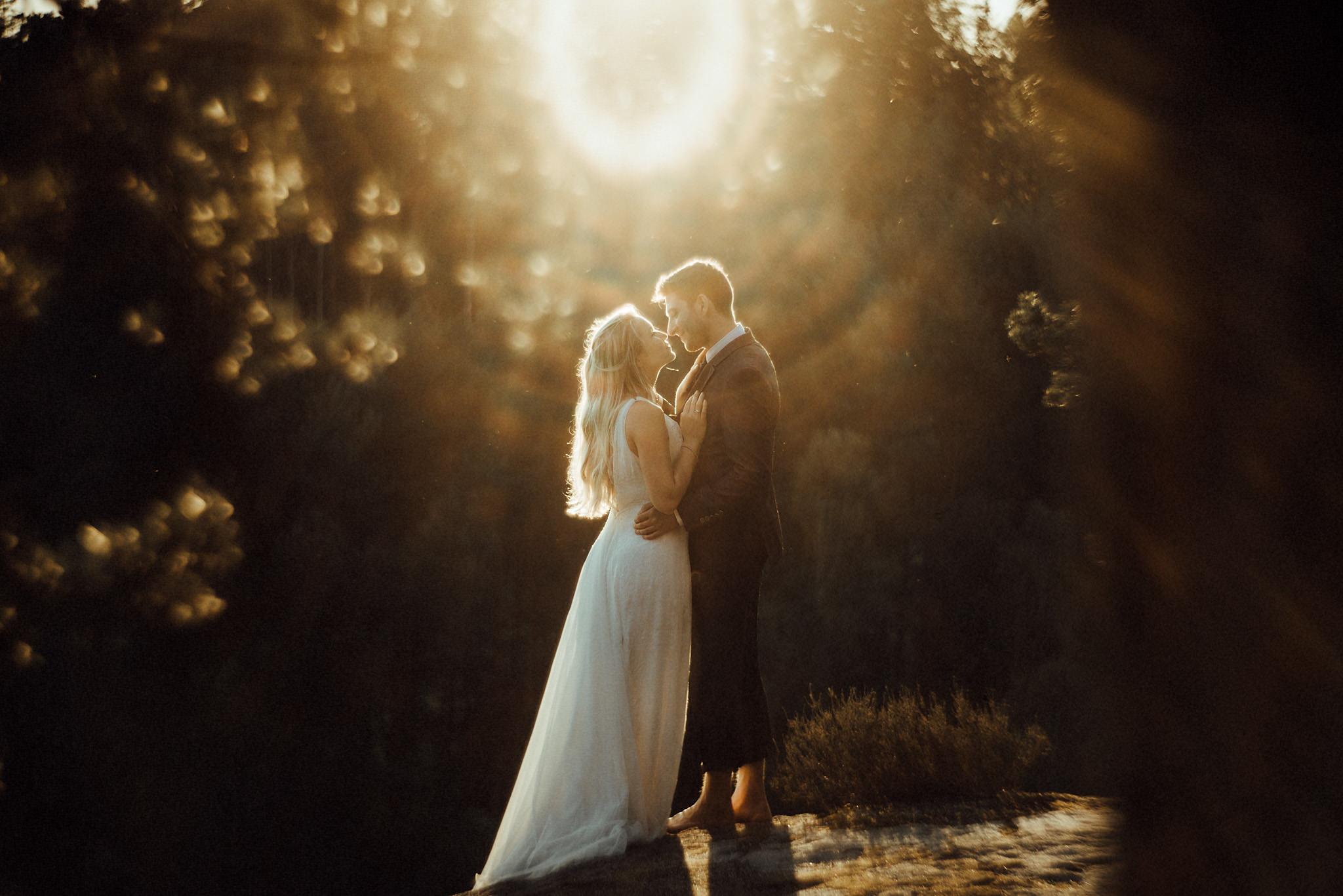 Hochzeit-Aachen-Köln-NRW-Hochzeitsfotograf-Coburg-Hochzeitsfoto-Paarshooting-sächsische Schweiz-After-Wedding-Shooting-Golden-Hour-Awardwinning-Best-German-Photographers.jpg