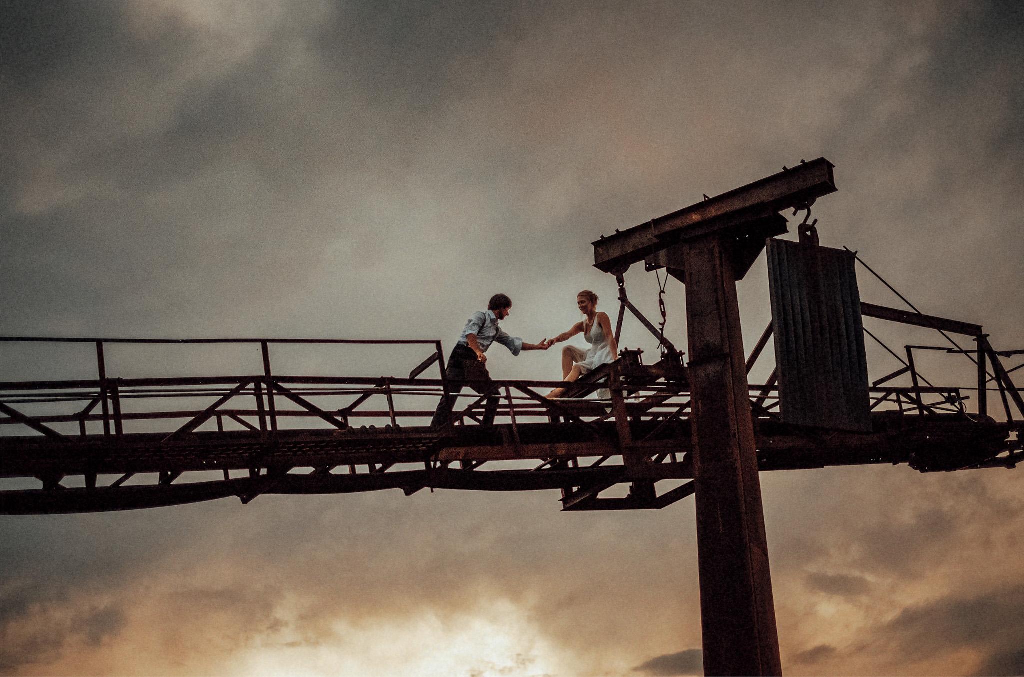 Hochzeit-Stöffelpark-Enspel-Industriepark-Aachen-Köln-NRW-besten Hochzeitsfotografen-Coburg-Hochzeitsfoto-Paarshooting-Alternativ-Intim-authentisch-Hochzeitsfotografie-Hochzeitslocation-Masters of German Wedding Photography.jpg