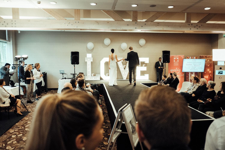 Hochzeitsmesse-Aachen-Kasteel-Vaalsbroek-Hochzeitslocation-Hochzeitsfotograf-Hochzeitsportal-KEVIN-Fotografie-23.jpg