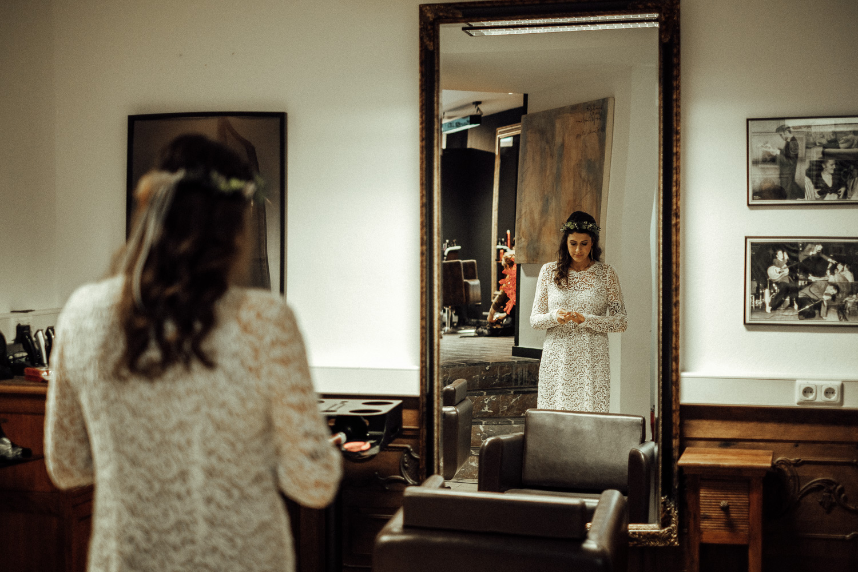 Hochzeitsfotos-Aachen-Hochzeitsfotograf-Aachen-Köln-NRW-Bonn-Top-Hochzeitsfotografen-Reportage-Gleichgeschlechtlich-Winterhochzeit-Kevin Biberbach-KEVIN Fotografie-026.jpg