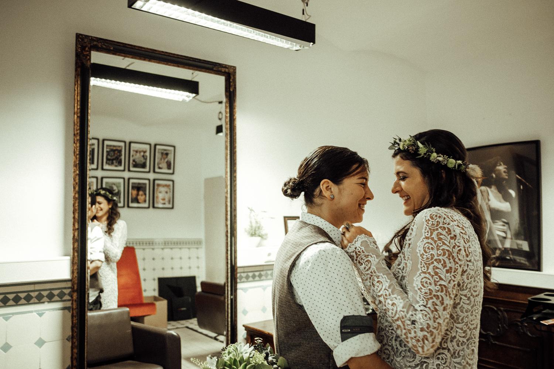 Hochzeitsfotos-Aachen-Hochzeitsfotograf-Aachen-Köln-NRW-Bonn-Top-Hochzeitsfotografen-Reportage-Gleichgeschlechtlich-Winterhochzeit-Kevin Biberbach-KEVIN Fotografie-032.jpg