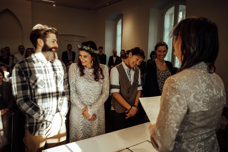 Hochzeitsfotos-Aachen-Hochzeitsfotograf-Aachen-Köln-NRW-Bonn-Top-Hochzeitsfotografen-Reportage-Gleichgeschlechtlich-Winterhochzeit-Kevin Biberbach-KEVIN Fotografie-058.jpg