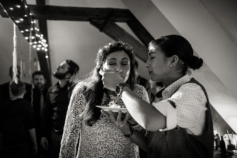 Hochzeitsfotos-Aachen-Hochzeitsfotograf-Aachen-Köln-NRW-Bonn-Top-Hochzeitsfotografen-Reportage-Gleichgeschlechtlich-Winterhochzeit-Kevin Biberbach-KEVIN Fotografie-175.jpg