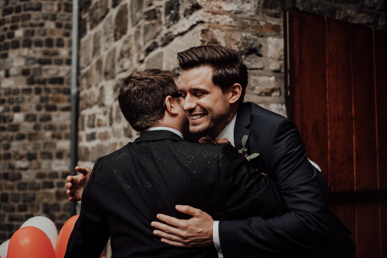 Hochzeitsfotos NRW-Hochzeitsfotograf NRW-Hochzeitsreportage-Lousberg Aachen-Sommerhochzeit-Kevin Biberbach-KEVIN - Fotografie-060.jpg
