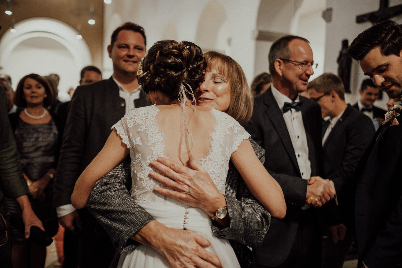 Hochzeitsfotos NRW-Hochzeitsfotograf NRW-Hochzeitsreportage-Lousberg Aachen-Sommerhochzeit-Kevin Biberbach-KEVIN - Fotografie-070.jpg