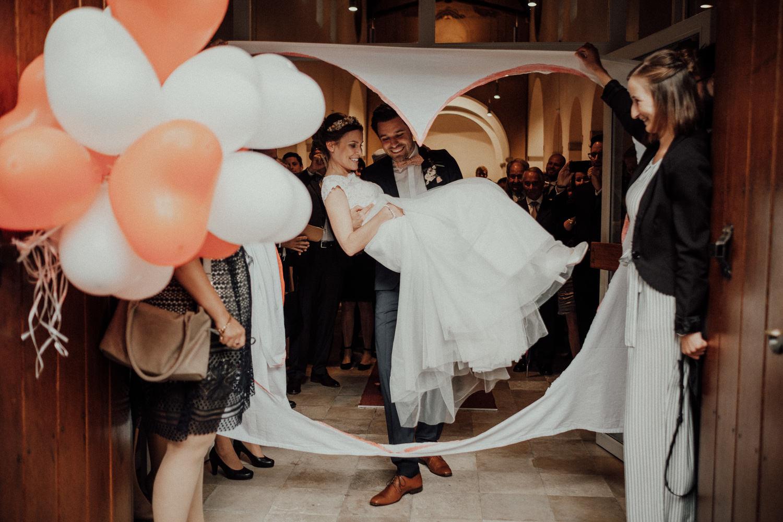 Hochzeitsfotos NRW-Hochzeitsfotograf NRW-Hochzeitsreportage-Lousberg Aachen-Sommerhochzeit-Kevin Biberbach-KEVIN - Fotografie-077.jpg