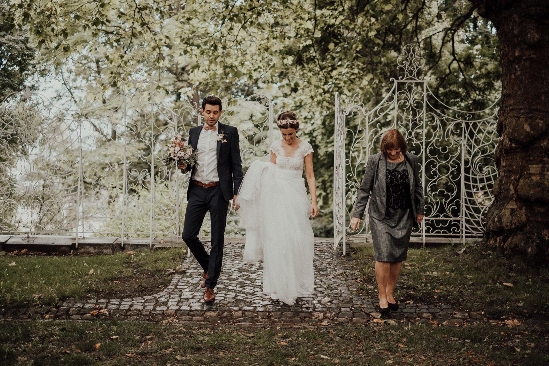 Hochzeitsfotos NRW-Hochzeitsfotograf NRW-Hochzeitsreportage-Lousberg Aachen-Sommerhochzeit-Kevin Biberbach-KEVIN - Fotografie-081.jpg