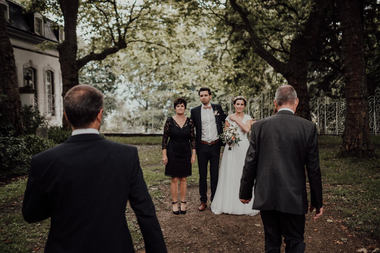 Hochzeitsfotos NRW-Hochzeitsfotograf NRW-Hochzeitsreportage-Lousberg Aachen-Sommerhochzeit-Kevin Biberbach-KEVIN - Fotografie-084.jpg