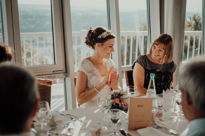 Hochzeitsfotos NRW-Hochzeitsfotograf NRW-Hochzeitsreportage-Lousberg Aachen-Sommerhochzeit-Kevin Biberbach-KEVIN - Fotografie-114.jpg