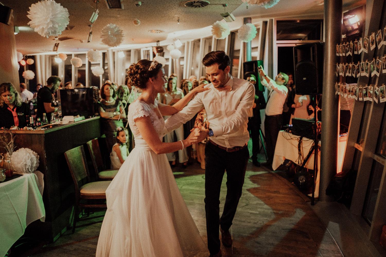 Hochzeitsfotos NRW-Hochzeitsfotograf NRW-Hochzeitsreportage-Lousberg Aachen-Sommerhochzeit-Kevin Biberbach-KEVIN - Fotografie-185.jpg