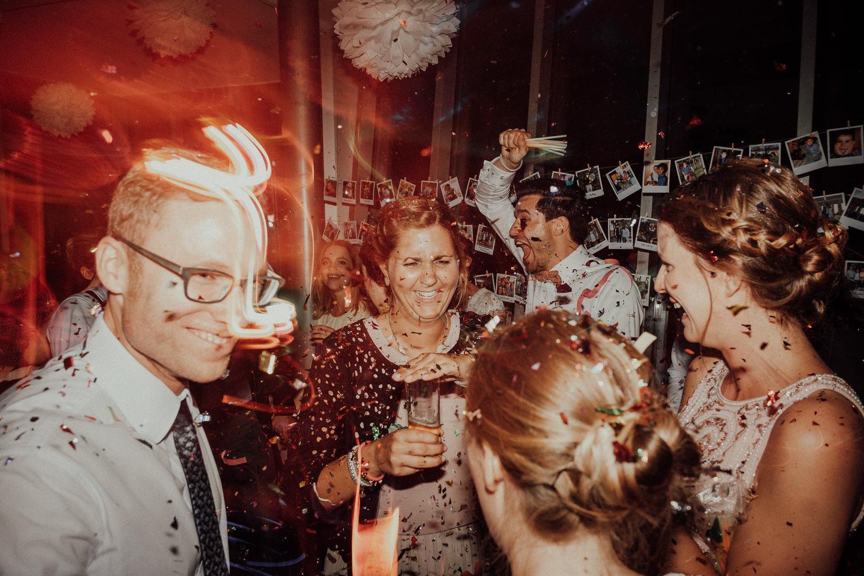 Hochzeitsfotos NRW-Hochzeitsfotograf NRW-Hochzeitsreportage-Lousberg Aachen-Sommerhochzeit-Kevin Biberbach-KEVIN - Fotografie-201.jpg