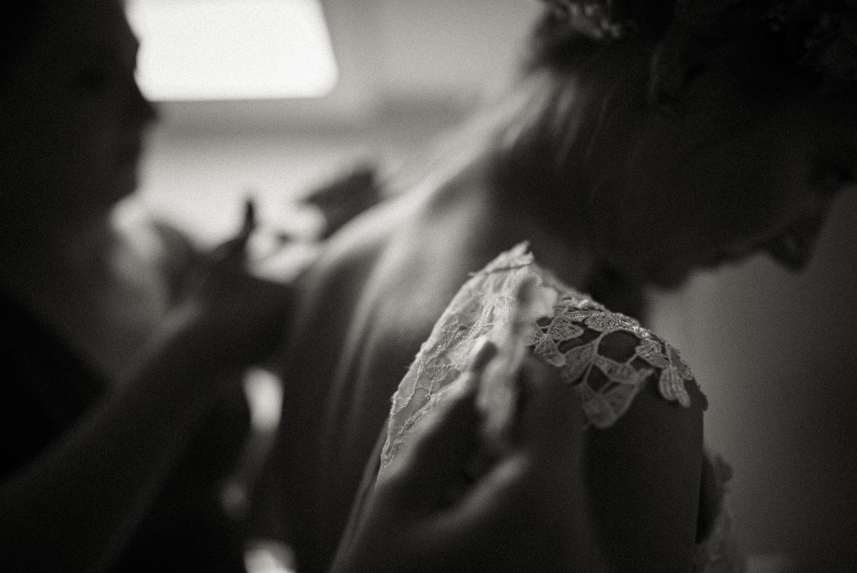 Hochzeitsfotos-Hochzeitslocation-Würzburg-Hochzeitsfotograf-Aachen-Köln-NRW-Bonn-Top-Hochzeitsfotografen-Reportage-Storytelling-Preise-Kevin Biberbach-KEVIN Fotografie-23.jpg