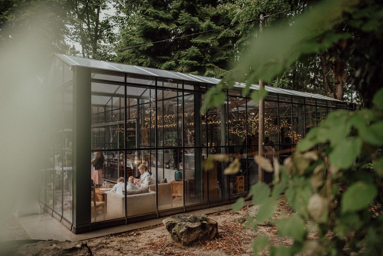 Natürliche Hochzeitsfeier in der wunderschönen Location Lua Pauline in Aachen