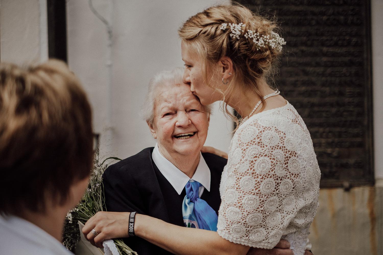 Rangefinder-Rising-Stars-Wedding-Photography-2018-Hochzeitsfotograf-Köln-Kevin-Biberbach-Hochzeitsfoto-Hohchzeitsreportage-Köln-NRW-Bonn-Düsseldorf-Heiraten-in-Köln-Preise-Empfehlung-Fotograf-Ehrenfeld-Hochzeitslocation-09.jpg