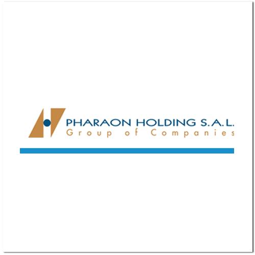 pharaon holding.png