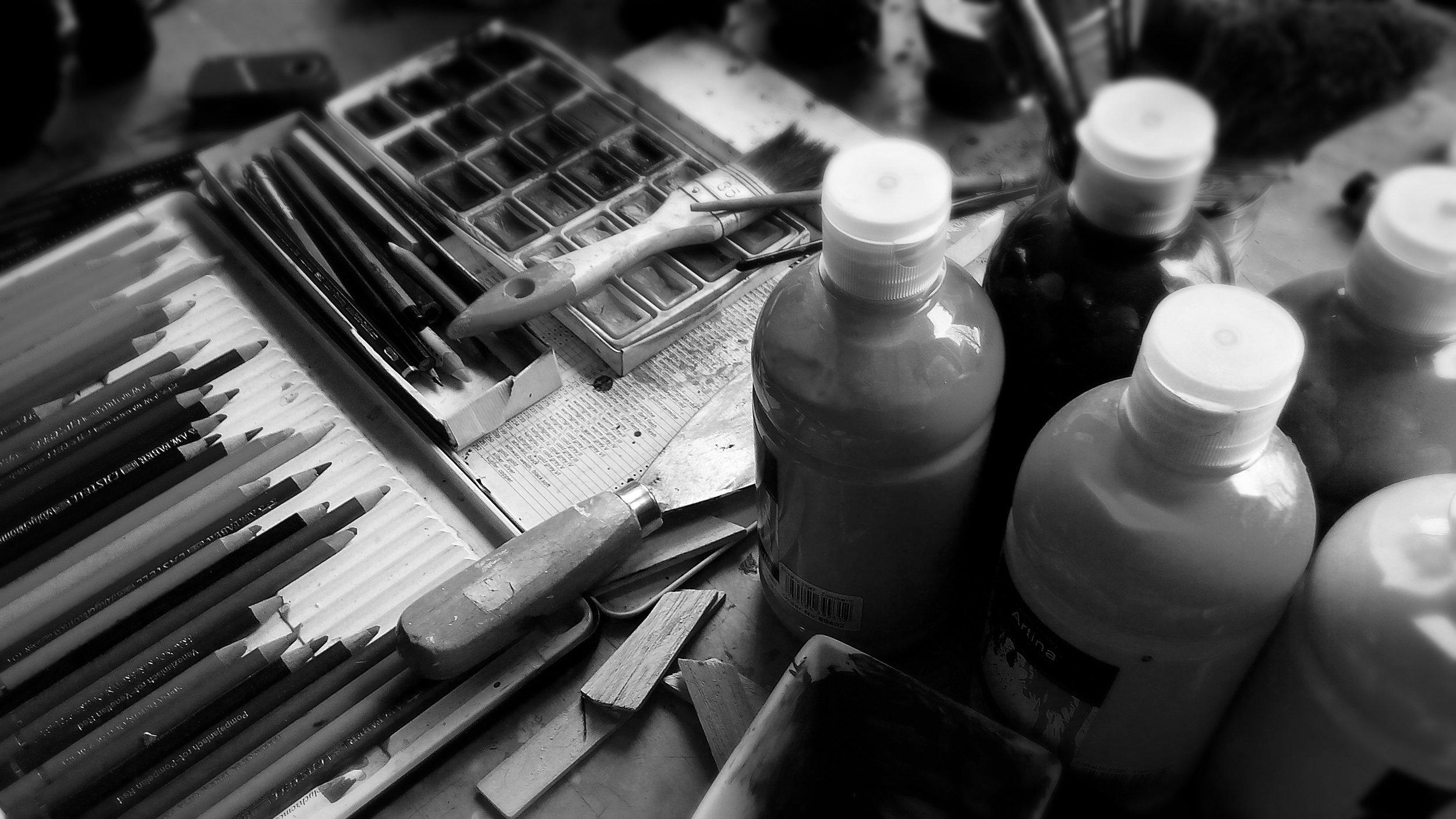 painting-911804 - black and white.jpg