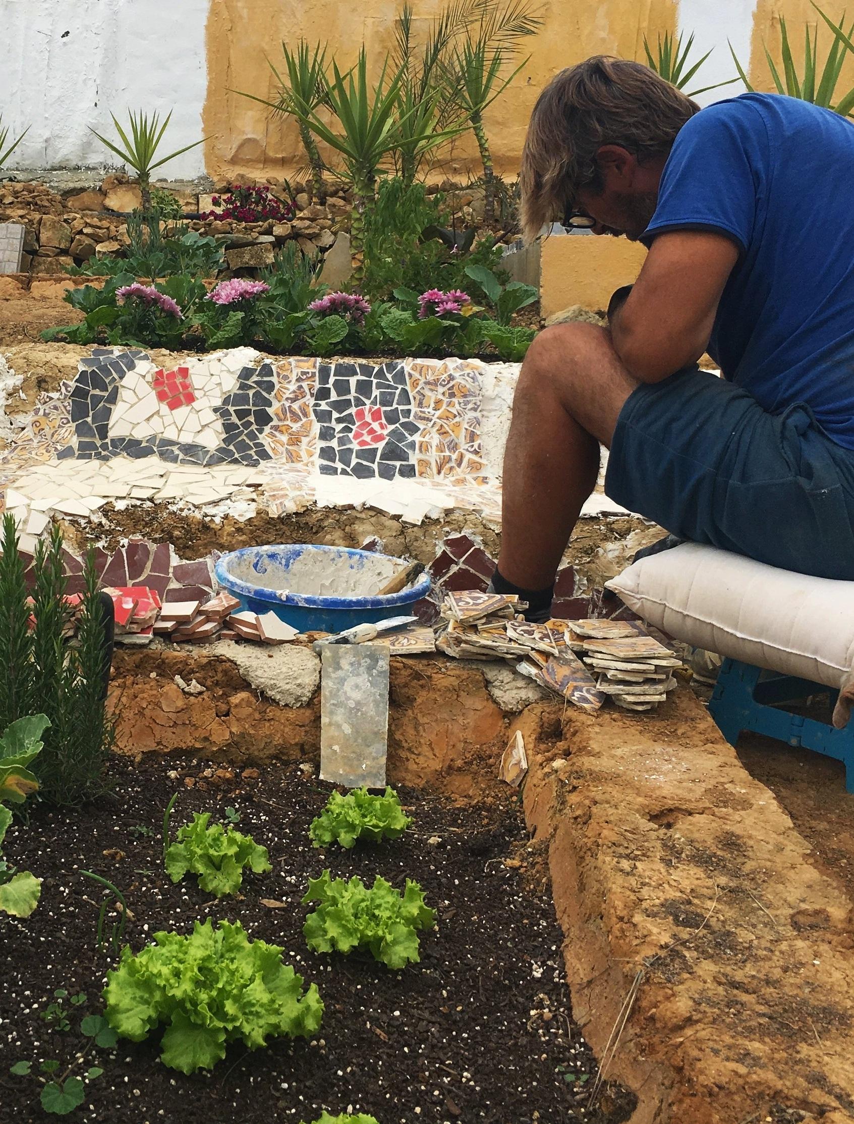 Art-cafe-mosaic-seat.jpg