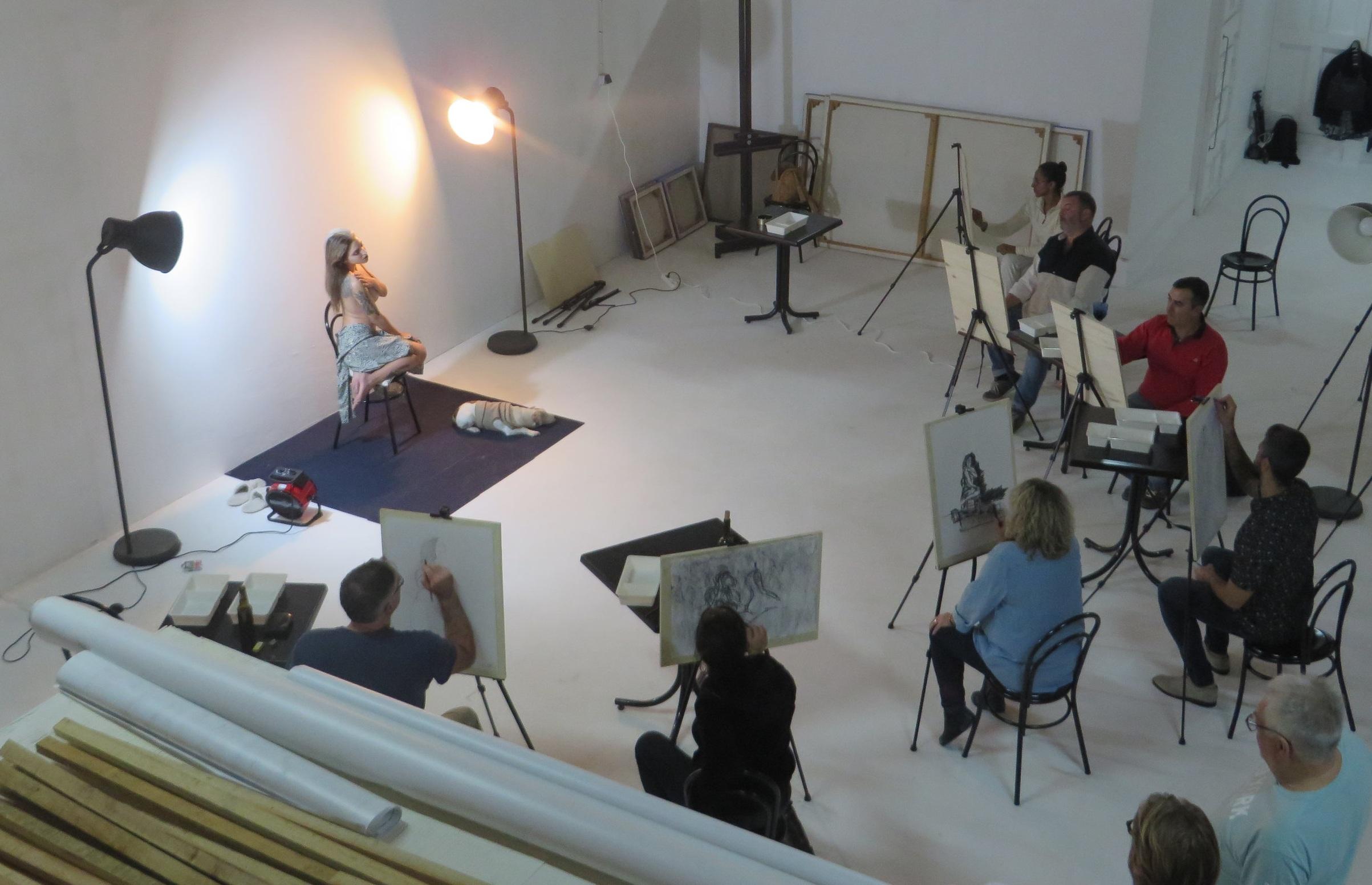 Art-cafe-art-studio-workshop-top-view.JPG