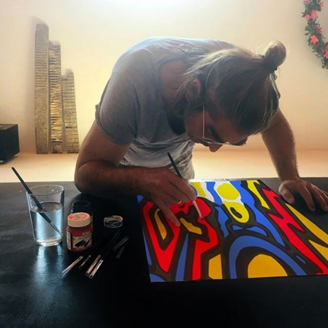 Another day, another masterpiece. @artcafelife #art #myart #myartwork #coolart #funart #abstractart #makearteveryday #artsy #contemporaryart #artlife #practice #wip #workinprogress #experimentalart #visualart #artoftheday #realism #artistatwork #artcafe #fineart #artworkshops