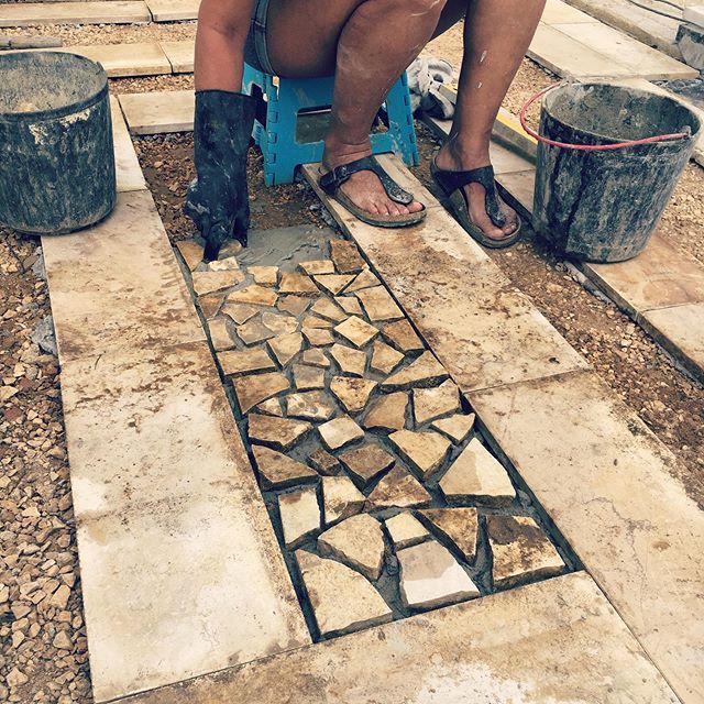 Mosaic art on the go transforming our entrance. Loads of hard work but well worth it. #mosaicart #diy #art #myart #myartwork #coolart #funart #abstractart #makearteveryday #artsy #contemporaryart #artlife #practice #wip #workinprogress #experimentalart #visualart #artoftheday #realism #artistatwork #artcafe #fineart #artworkshops