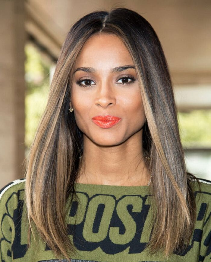 Blond-Highlights-for-Straight-Hairstyle-Getty-Images.jpg