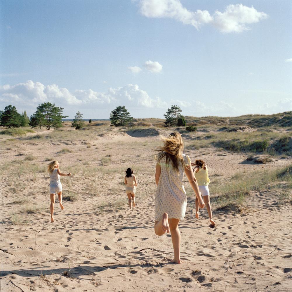 Betwee_The_Girls- (1).jpg