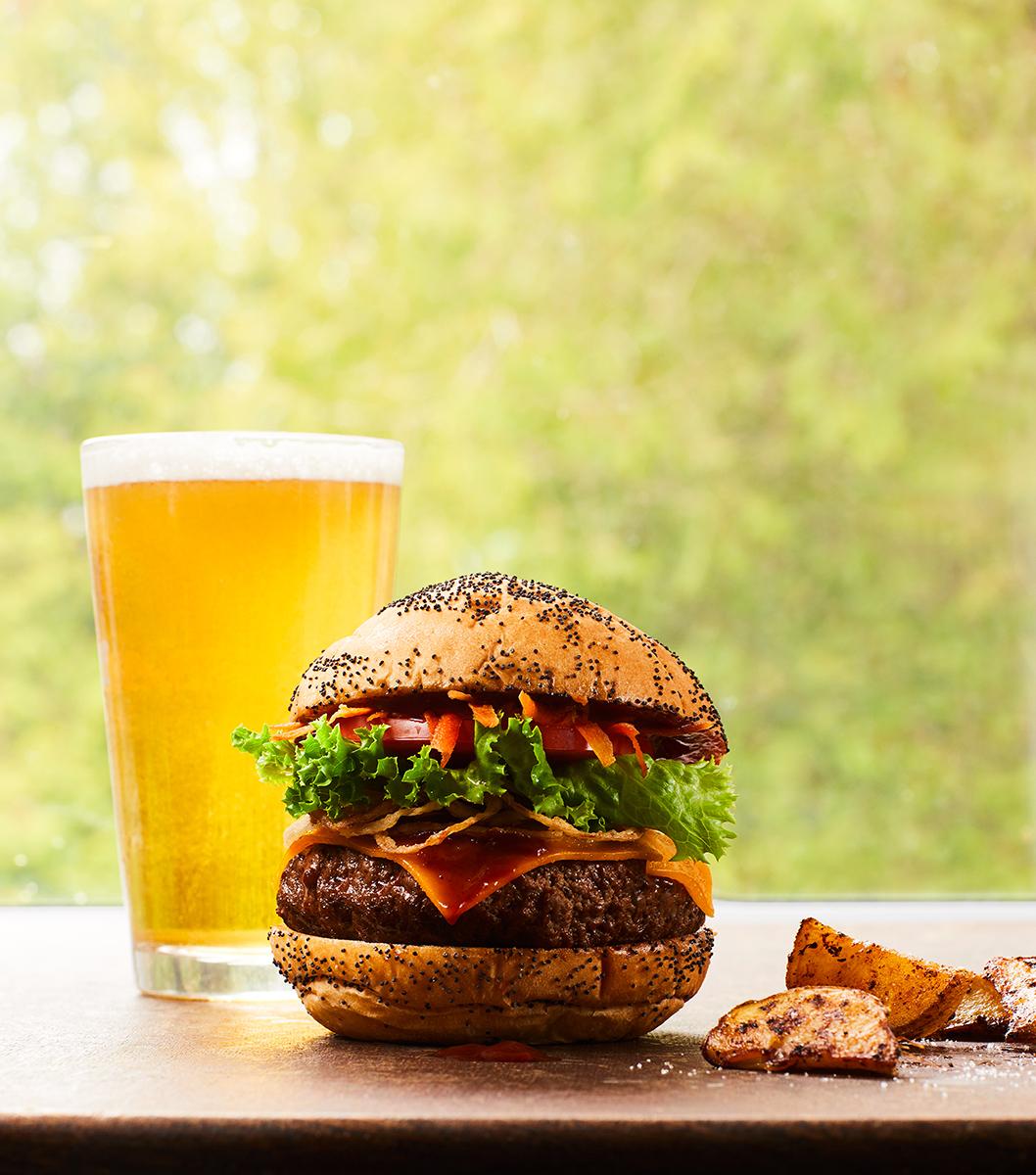 FoodBayfield_Burger_19889.jpg