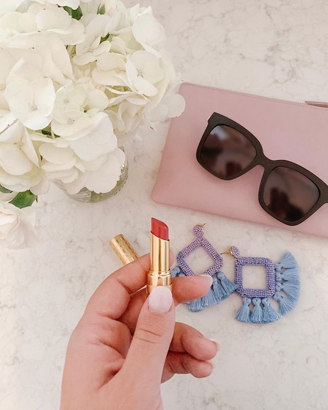 summertime essentials ☀️ i'm always a sucker for good accessories and these are my go-tos! my absolute favorite sunnies and the softest, prettiest lipstick in all the land 😍 what's your best summer accessory?! http://liketk.it/2CUj5 @liketoknow.it #liketkit #LTKbeauty #LTKunder50 #LTKunder100 #LTKsummer