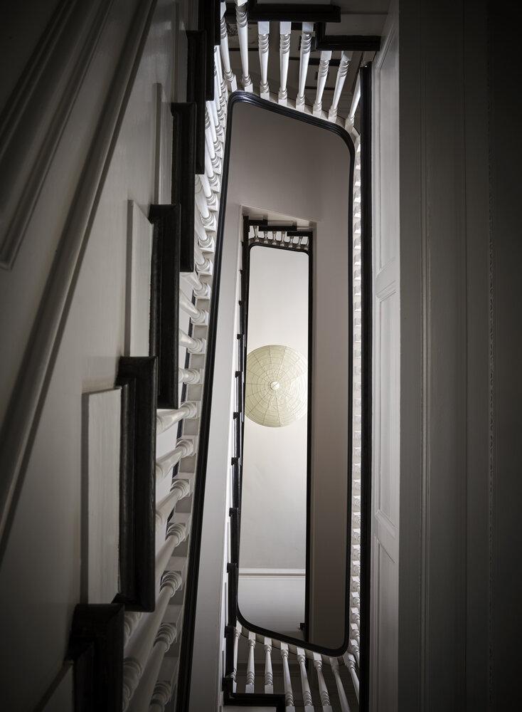 020_P.V.W._831Mason_Stairs2_200.jpg