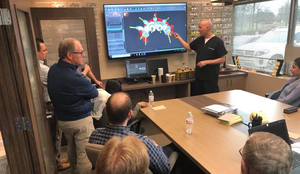 Dr. Nazarian reviewing the live surgery case for Module 4, April 20-21, 2018 in Schaumburg, IL