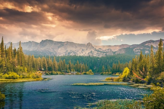landscape-mountains-nature-clouds.jpg