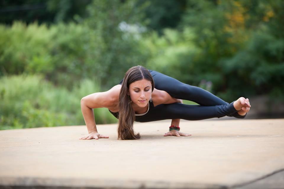 yoga portrait by photographer Maggie Yurachek