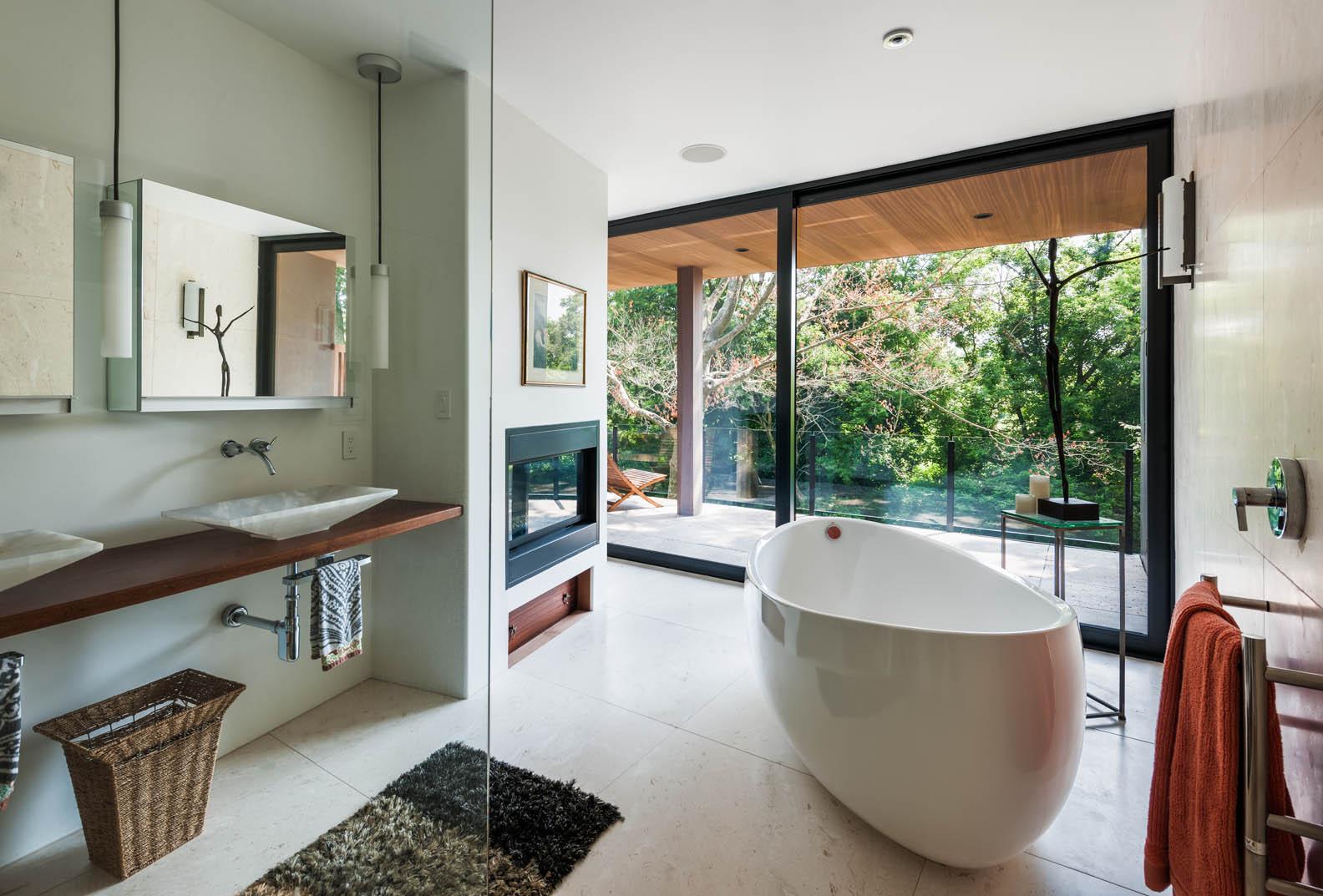 Cunius - Master Bathroom.jpg