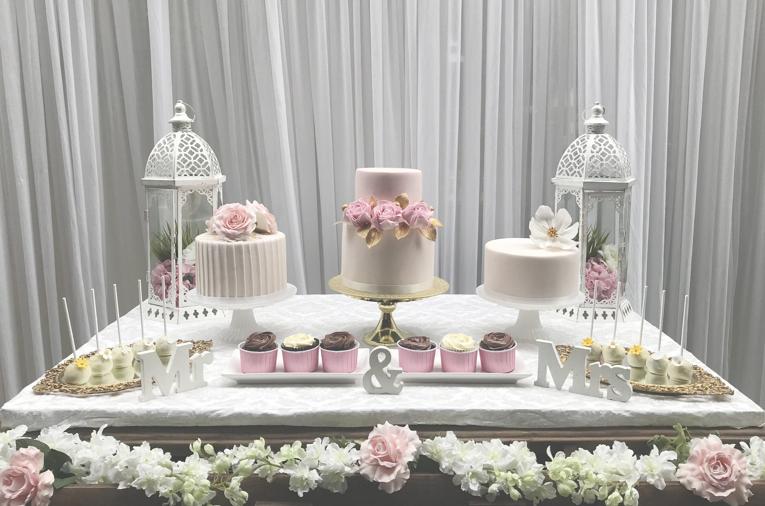 Three of our vintage collection cakes, vintage cake pops and pink cupcakes were set on the table by Eliane Teodoro at Shekinah events London and hosted by The Alexandra pub in South London.