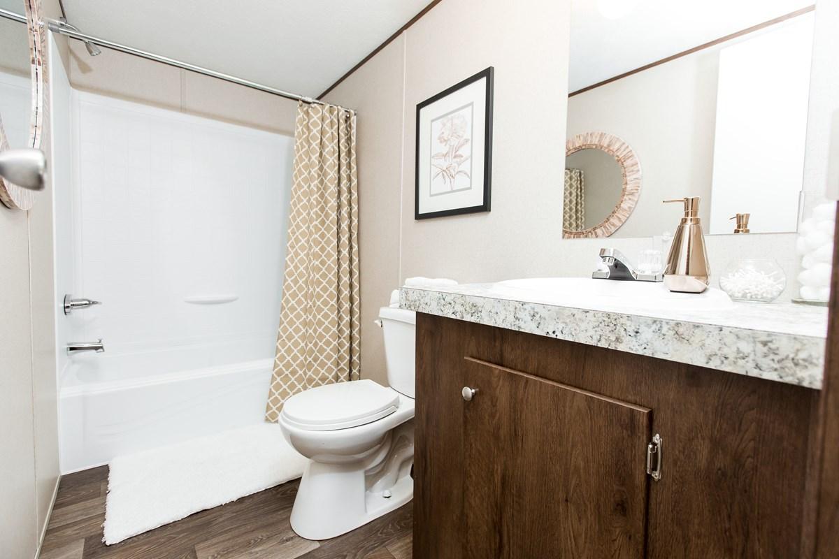 Manufactured-BLISS-42TRU14562AH-Guest-Bathroom-20180516-0922557961071.jpg