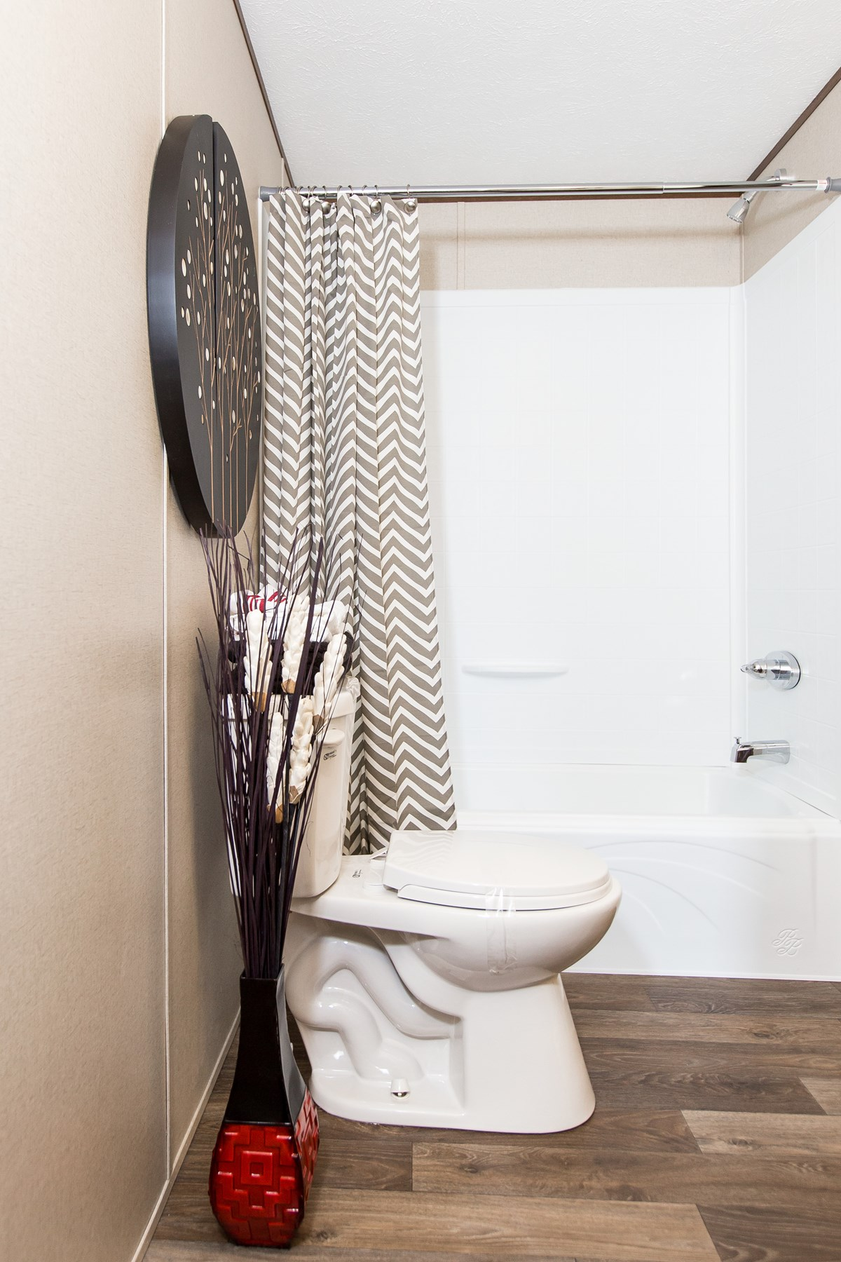 Manufactured-ELATION-36TRU14663AH-Master-Bathroom-20171214-1146271533254.jpg