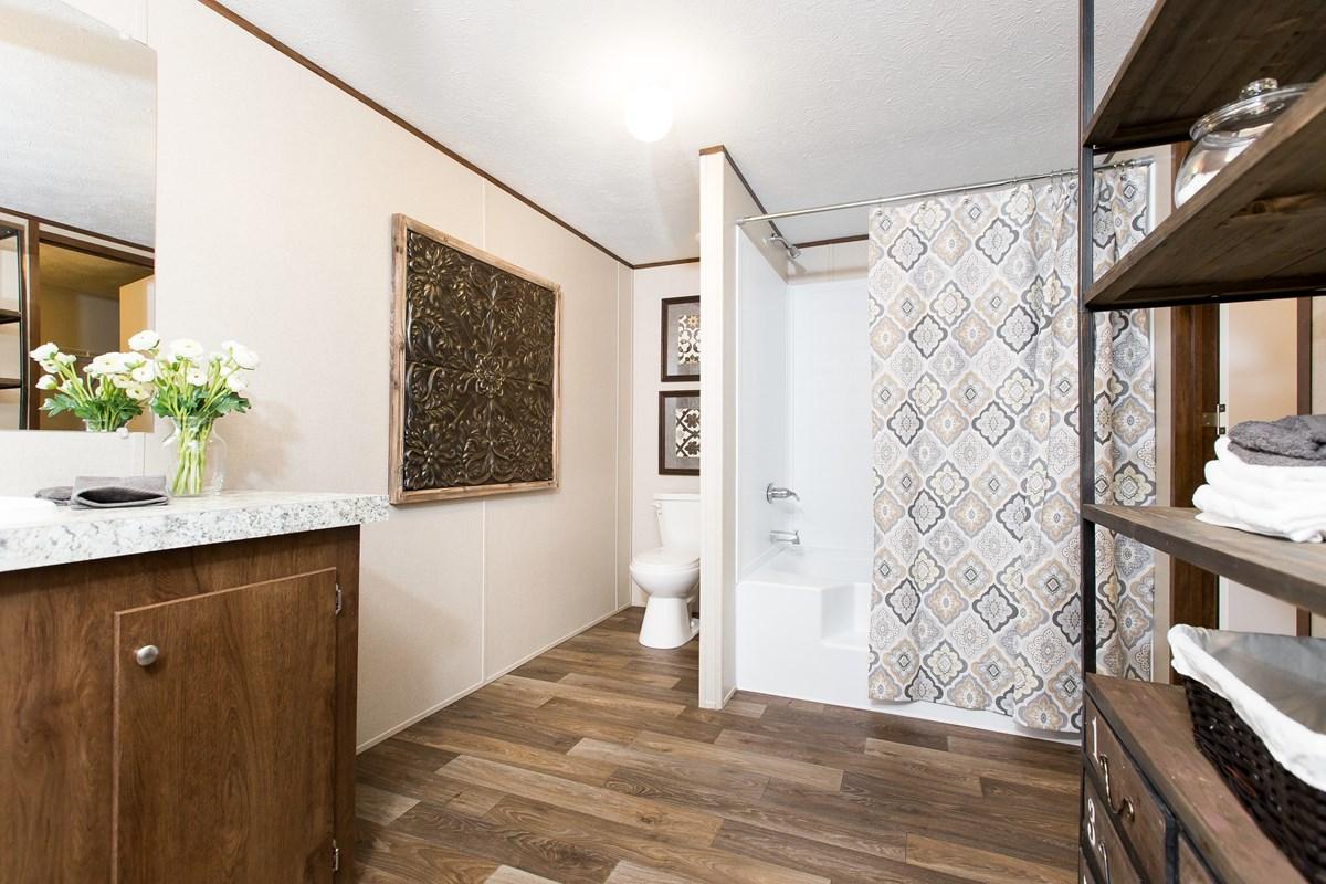 Manufactured-JUBILATION-21TRU28603RH-Master-Bathroom-20170323-1533409058672.jpg