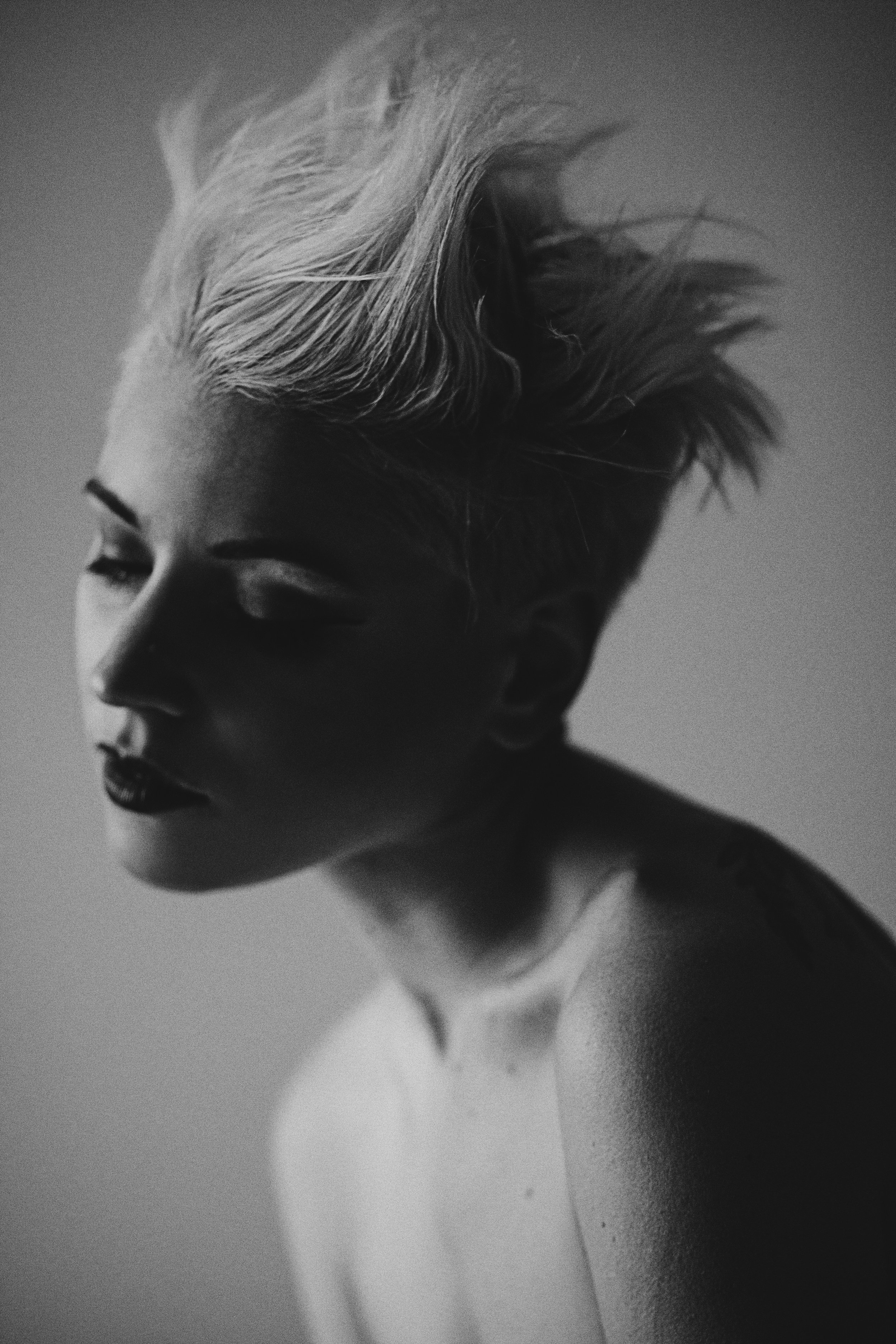 Le vrai psychanalyste d'une femme, c'est son coiffeur. - Ennio Flaiano