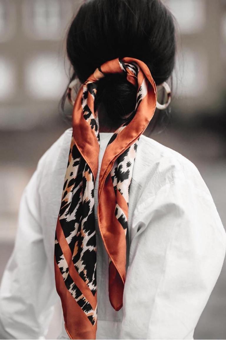 scarf bun.jpg