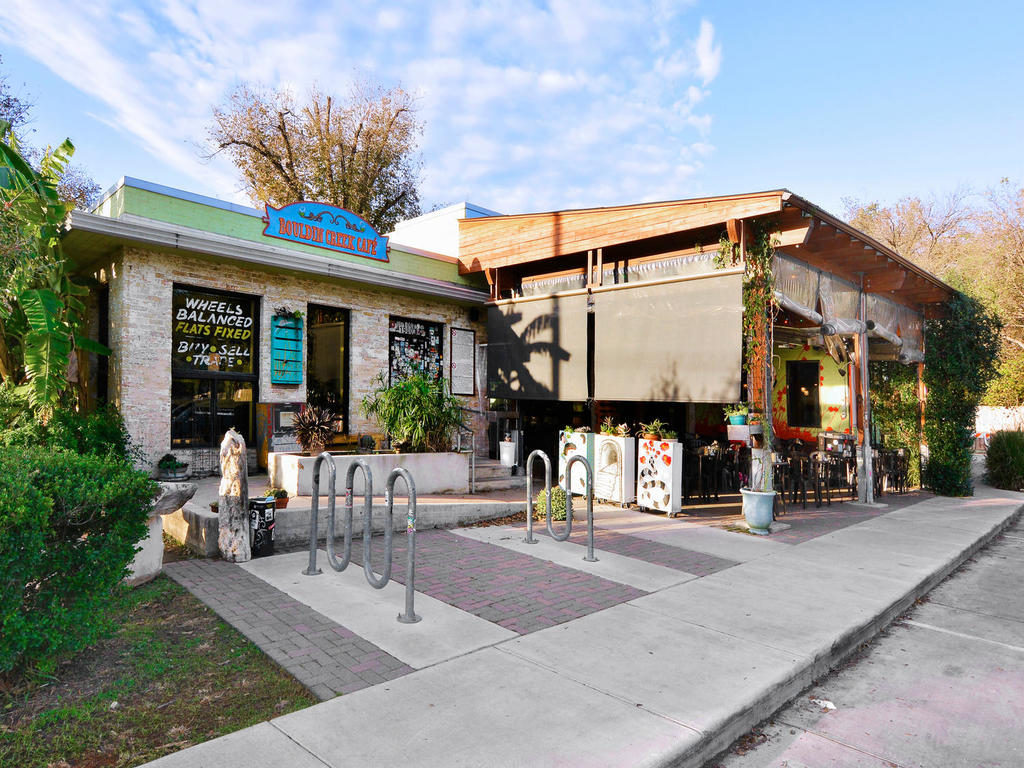 1 Main St-MLS_Size-005-6-Bouldin Creek Cafe 016-1024x768-72dpi.jpg
