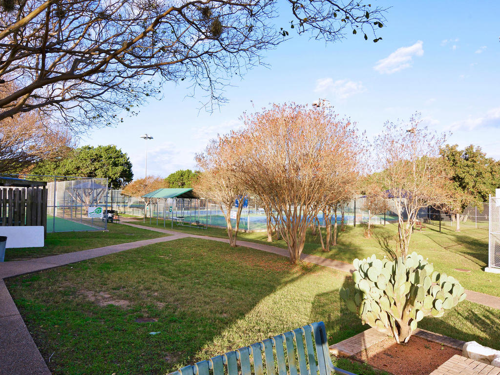 1 Main St-MLS_Size-041-31-South Austin Tennis Center 020-1024x768-72dpi.jpg